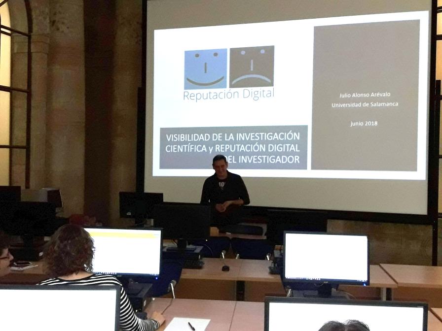 Portada de la presentación de Julio Alonso Arévalo